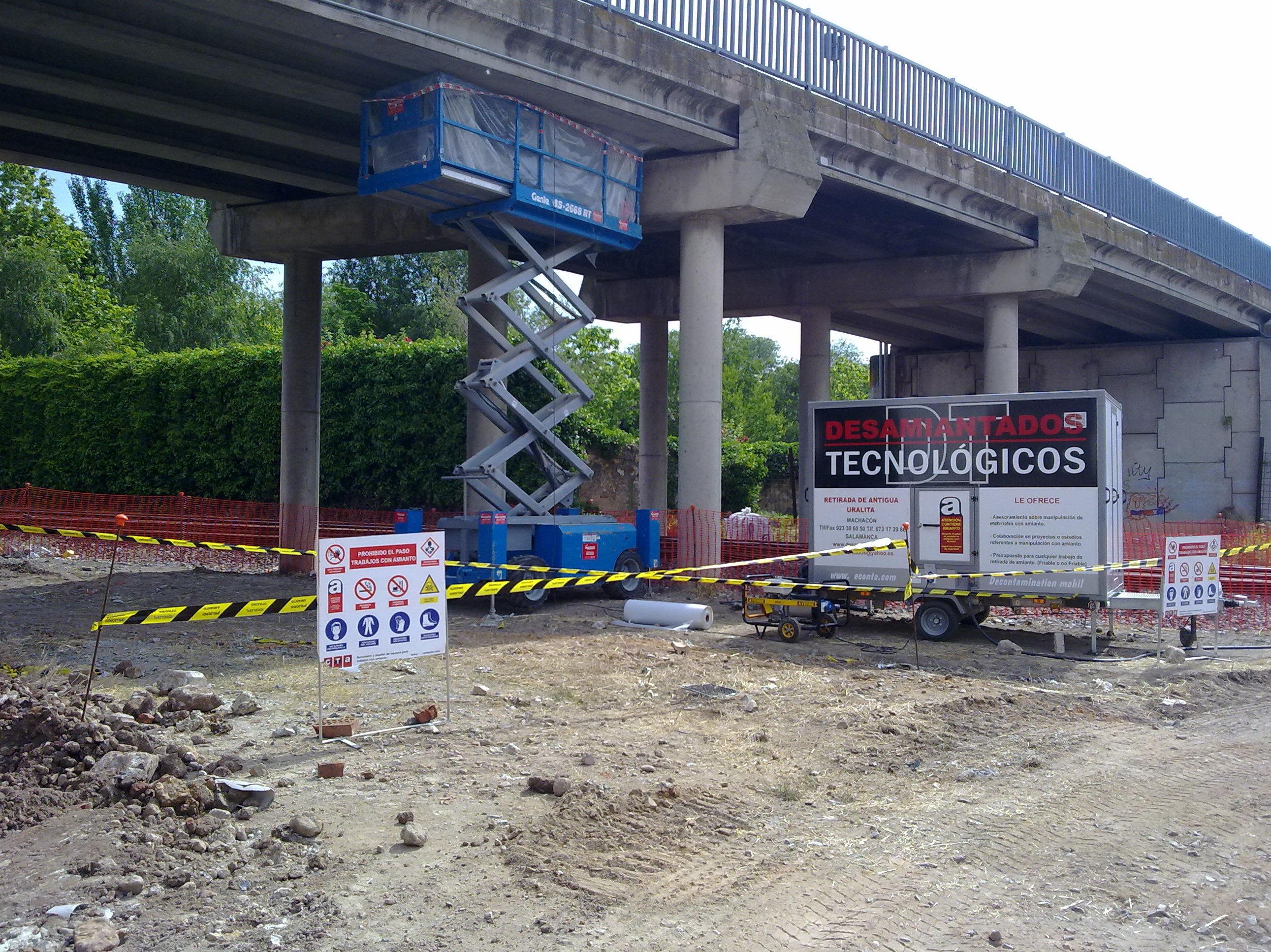 Desmontaje de puente sobre vías