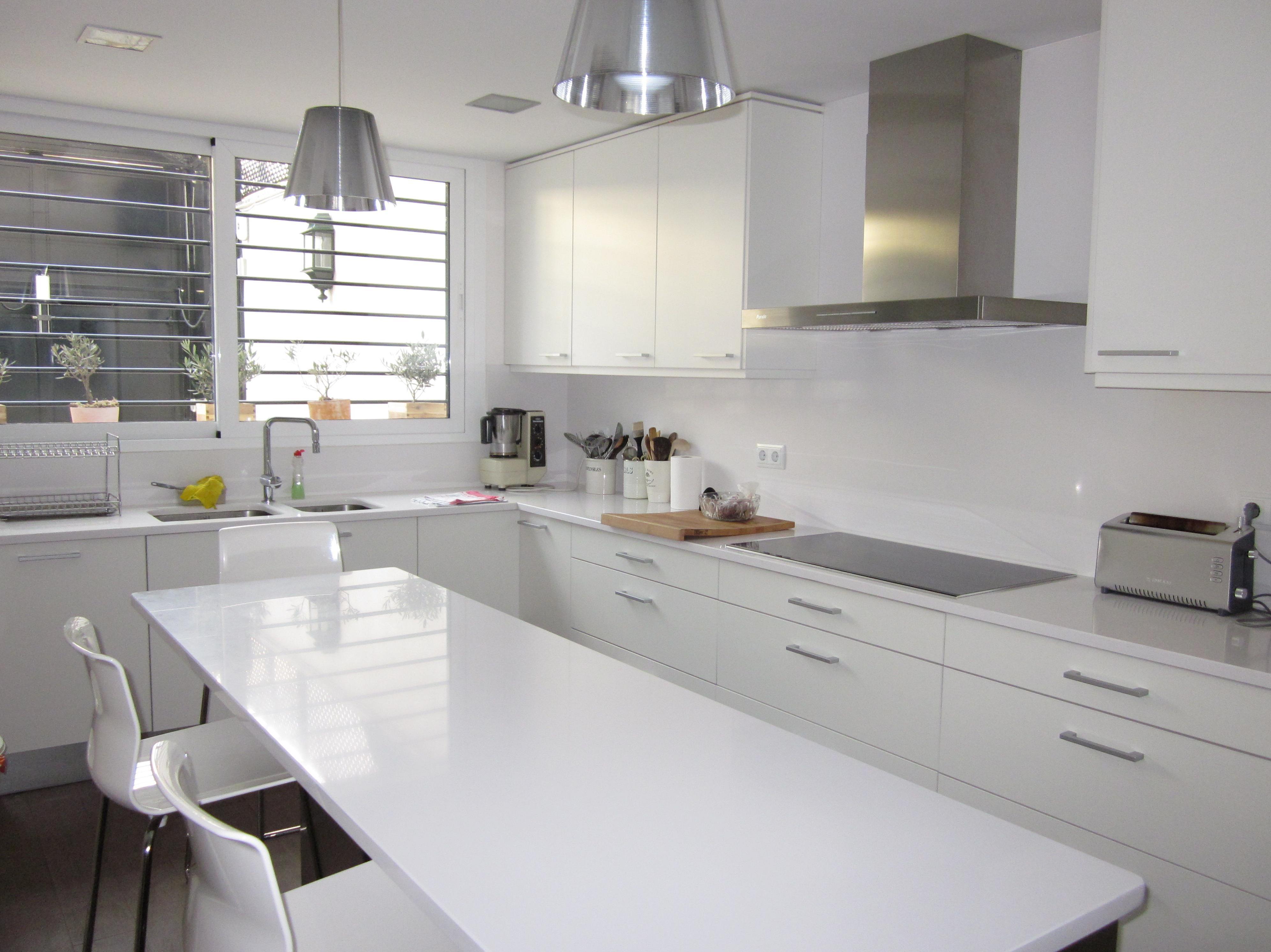 Fotos reformas cocinas dise os arquitect nicos for Reformas cocinas barcelona