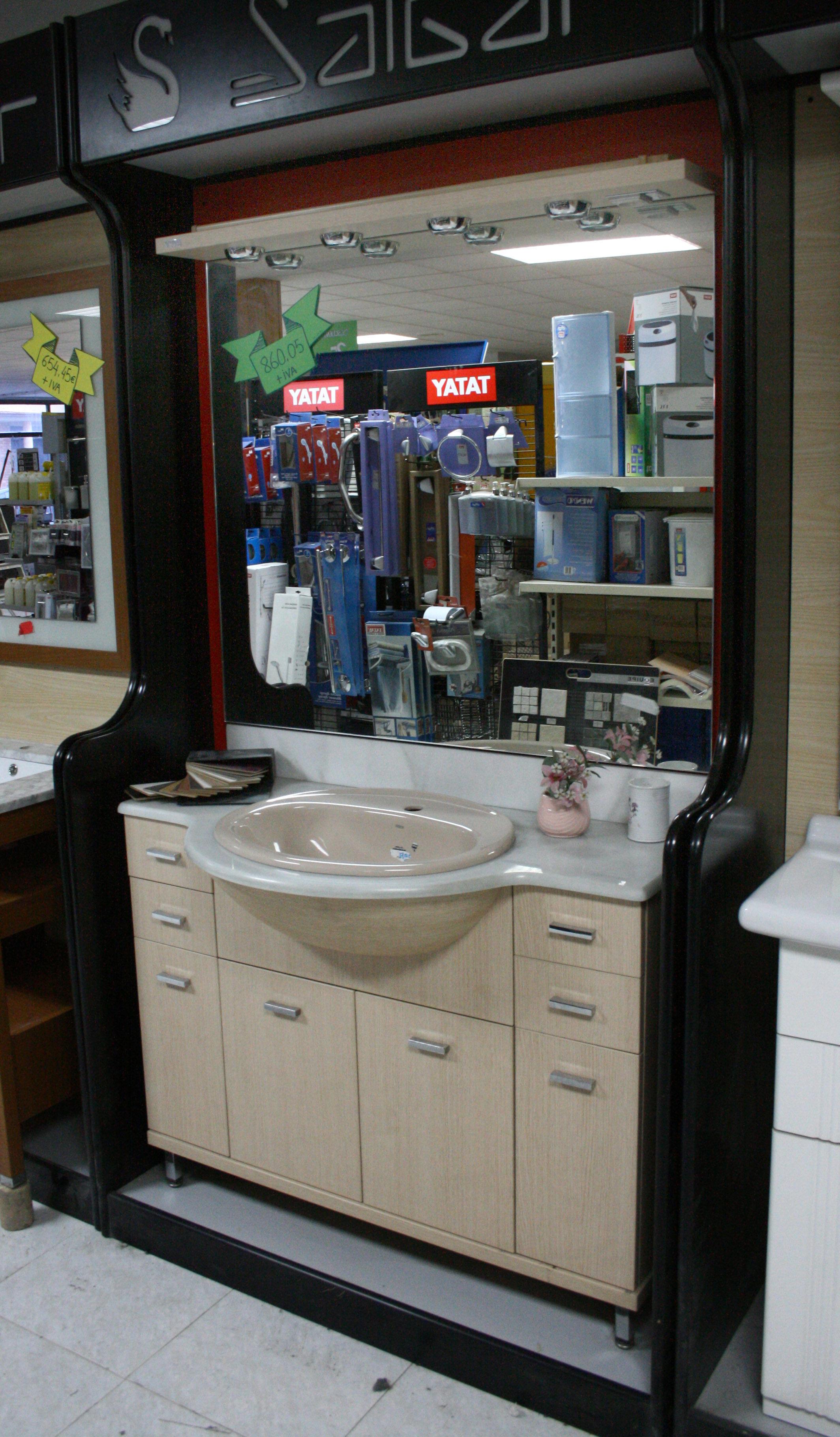 Mueble ba o con espejo y apliques cat logo de altoarag n s l gamma - Mueble alto bano ...