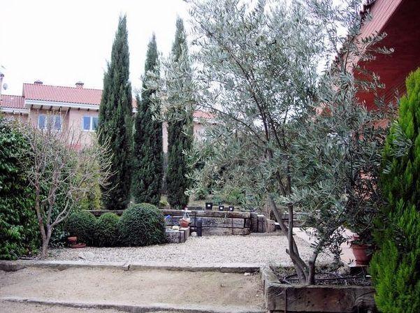 jardinera y paisajismo en madrid norte en todo tipo de espacios