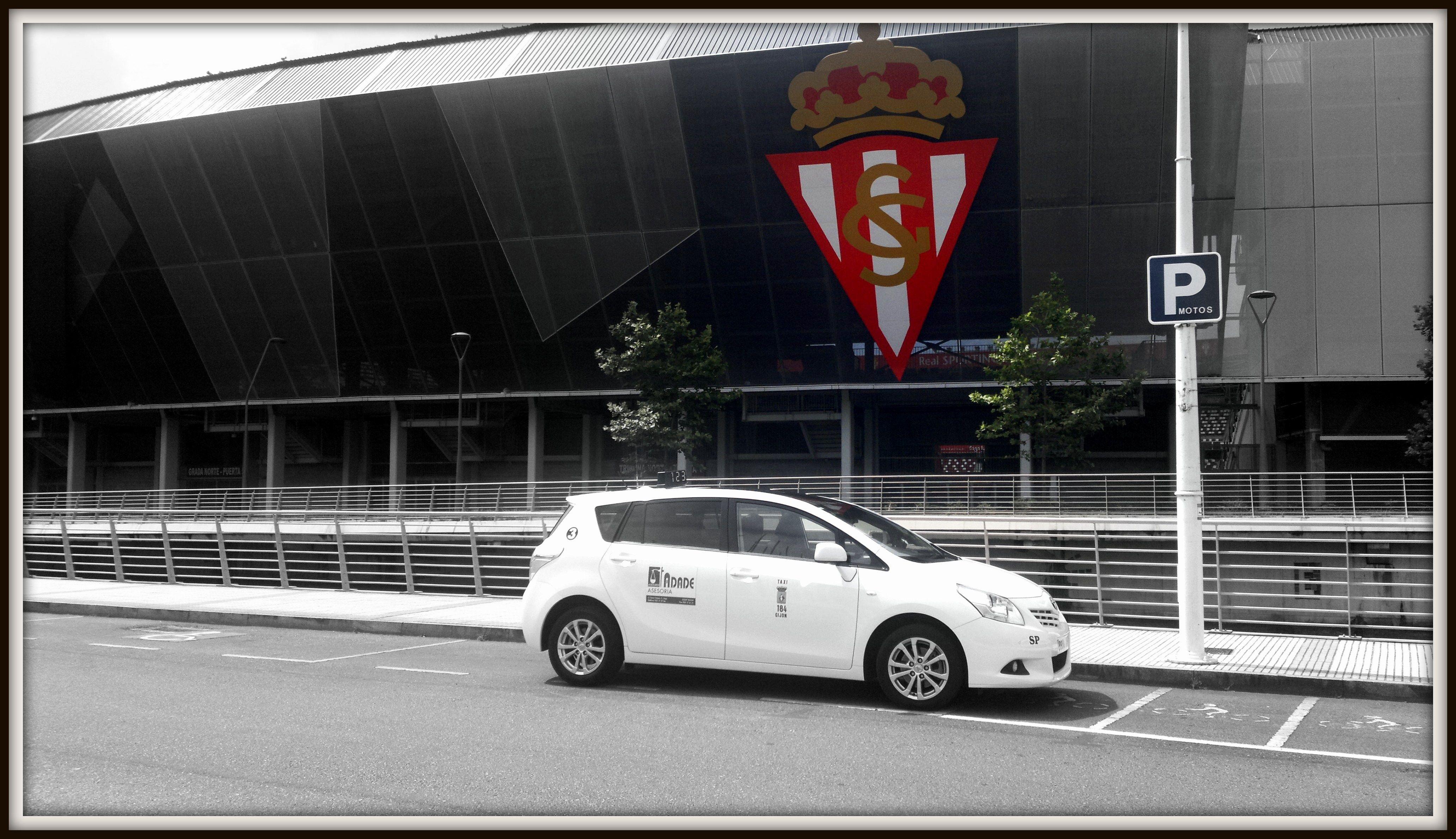 Foto 5 de Taxis en Gijón | Radio Taxi Villa Jovellanos