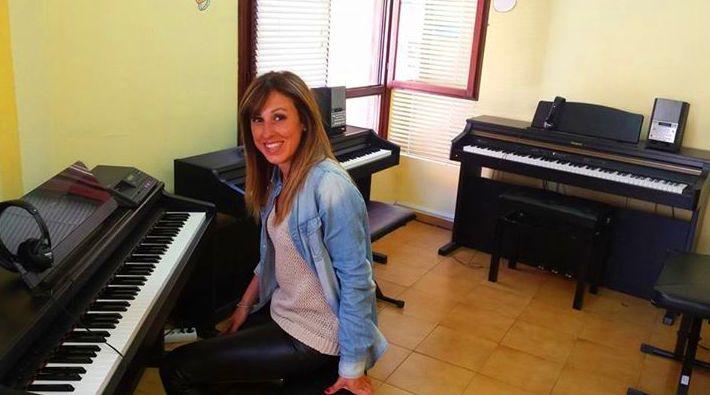 Nuria, una de nuestras profesoras de piano