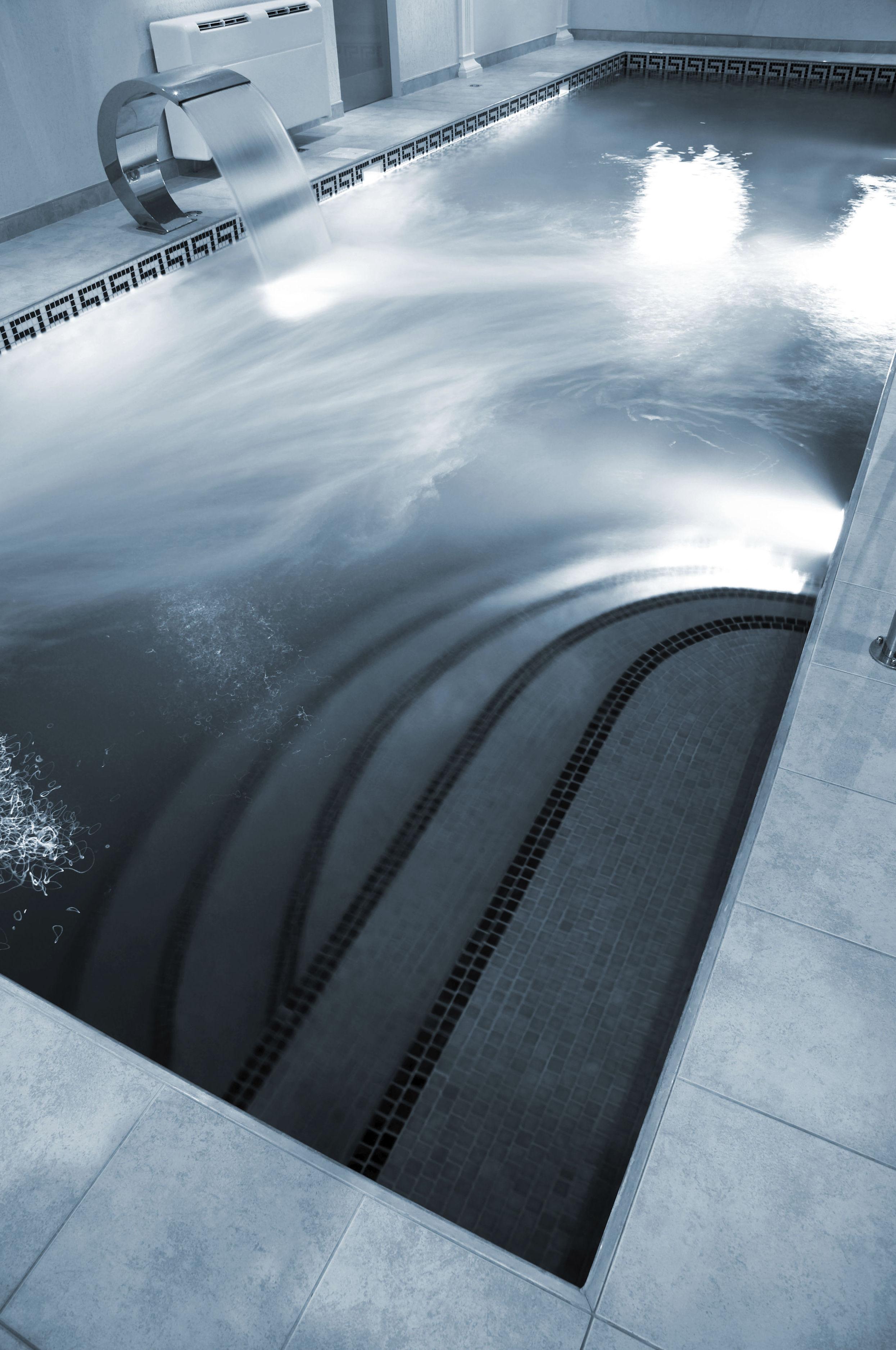 foto 35 de instalación de piscinas en rubí | aquanet piscinas, s.l.