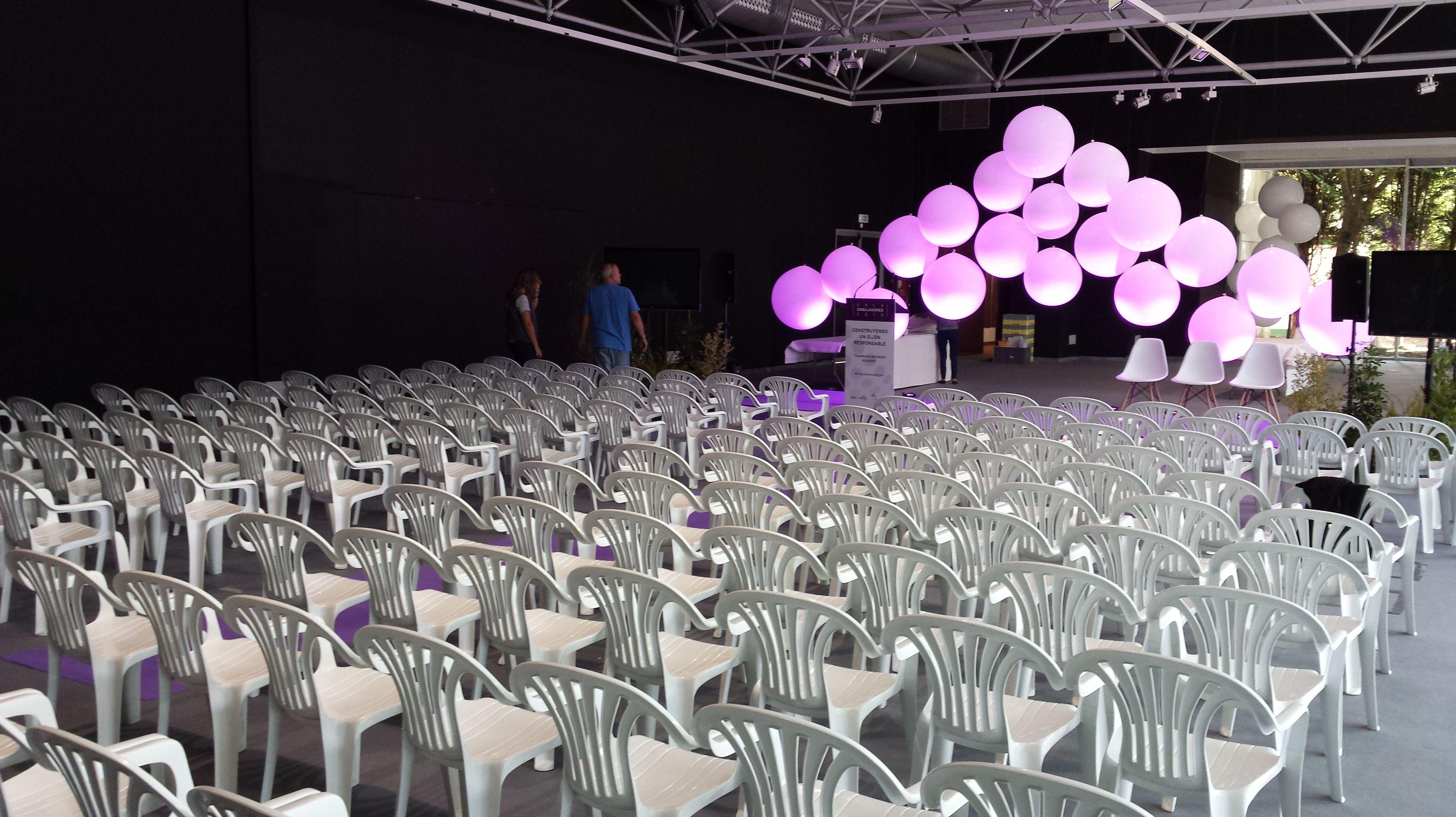 Alquiler de mobiliario para eventos, en Asturias.