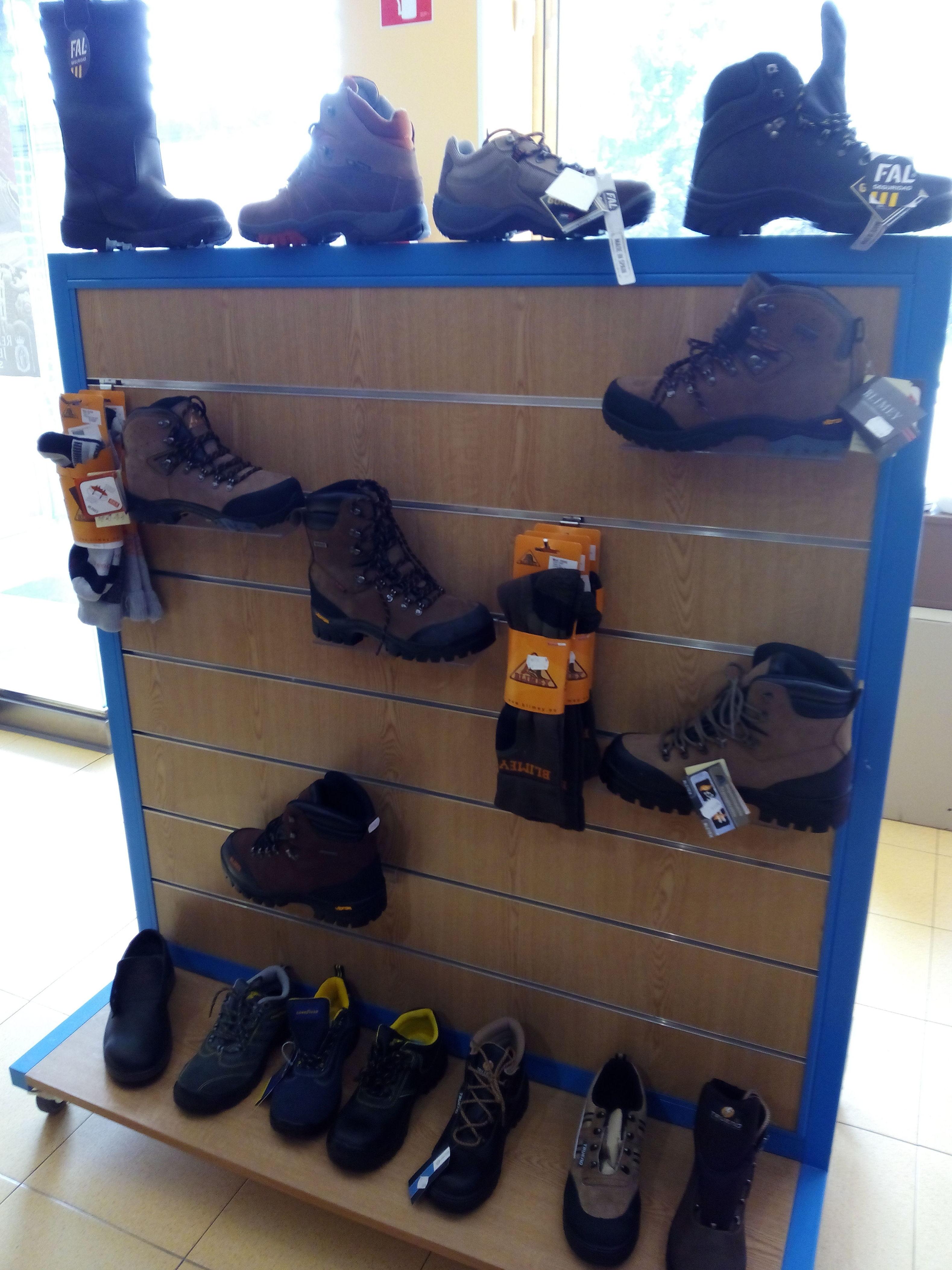 Otra muestra de nuestas botas de seguridad y de paseo