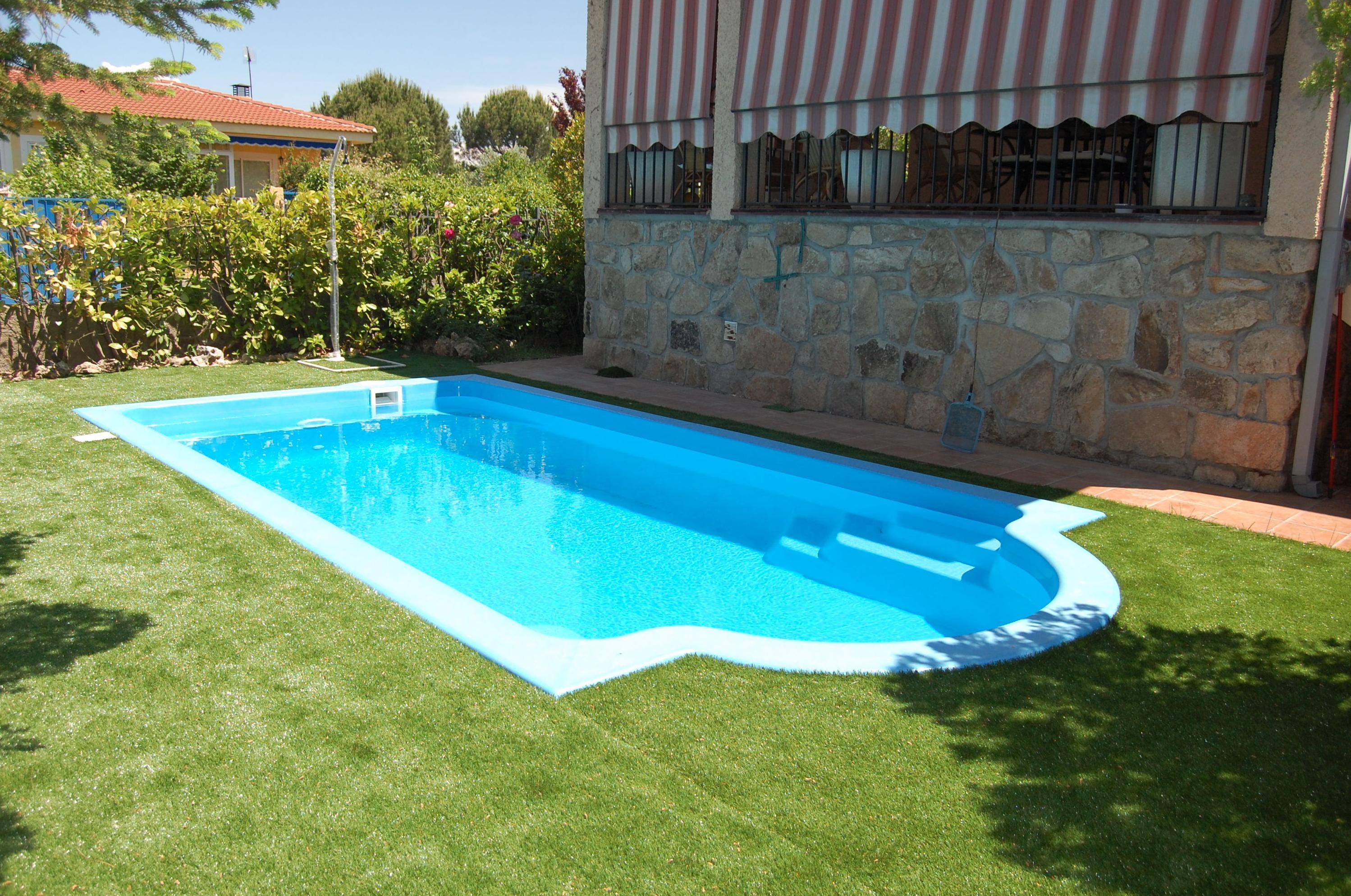 Foto 16 de piscinas instalaci n y mantenimiento en san for Piscinas para enterrar precios