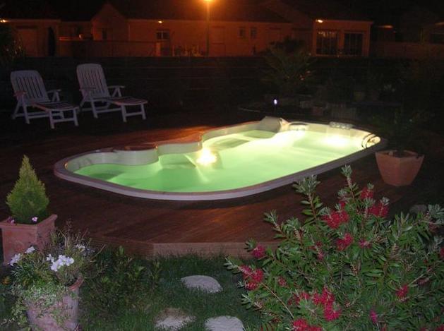 piscina san remo noche