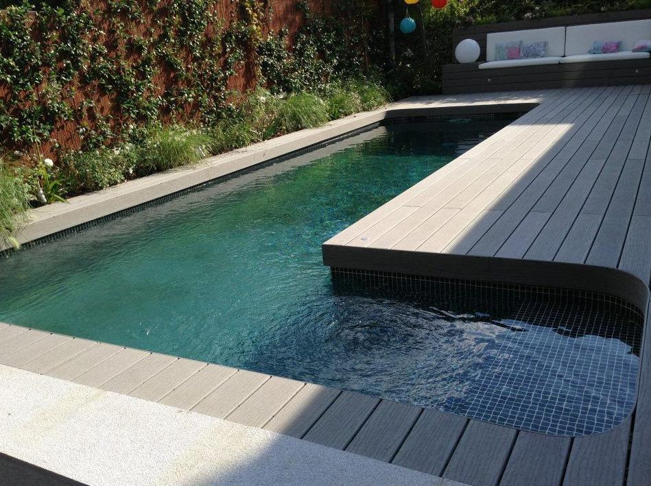 Piscinas de obra piscinas y accesorios de ardigral for Accesorios para piscinas