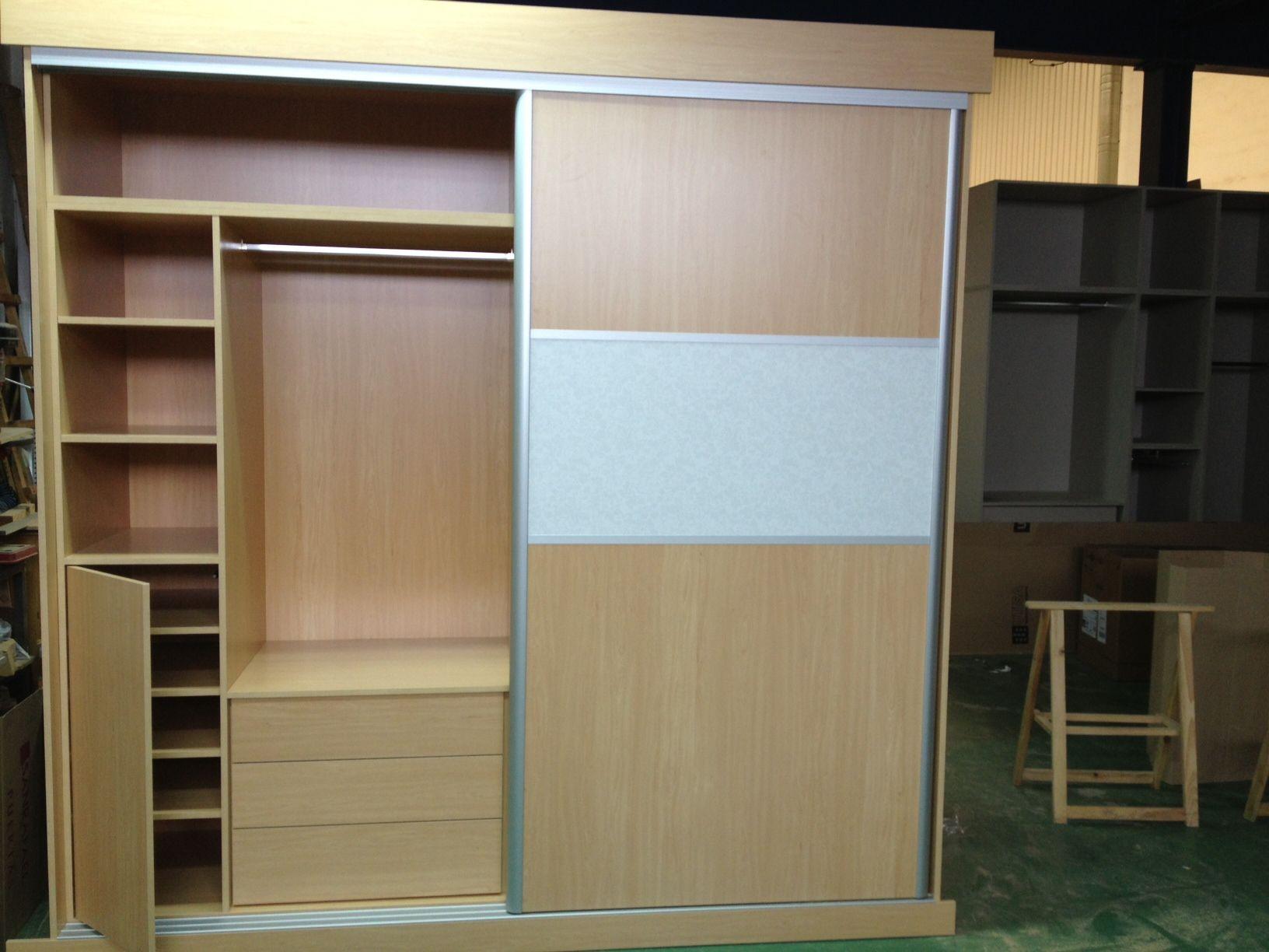 Interiores de armarios Muebles de cocina de Cerrajería Y Puertas Nicolás