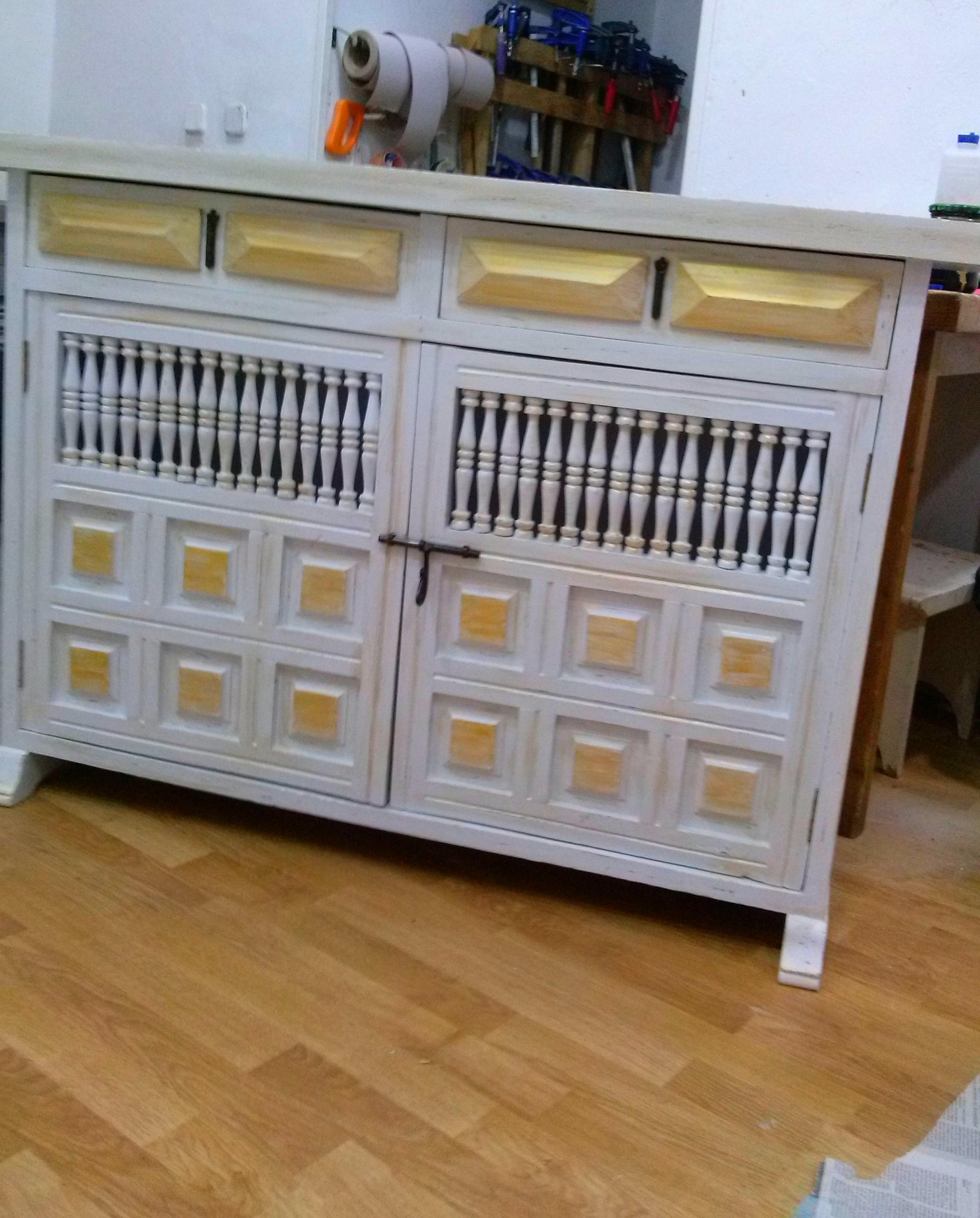 Foto 11 de restauraci n de muebles y antig edades en for Mueble castellano restaurado