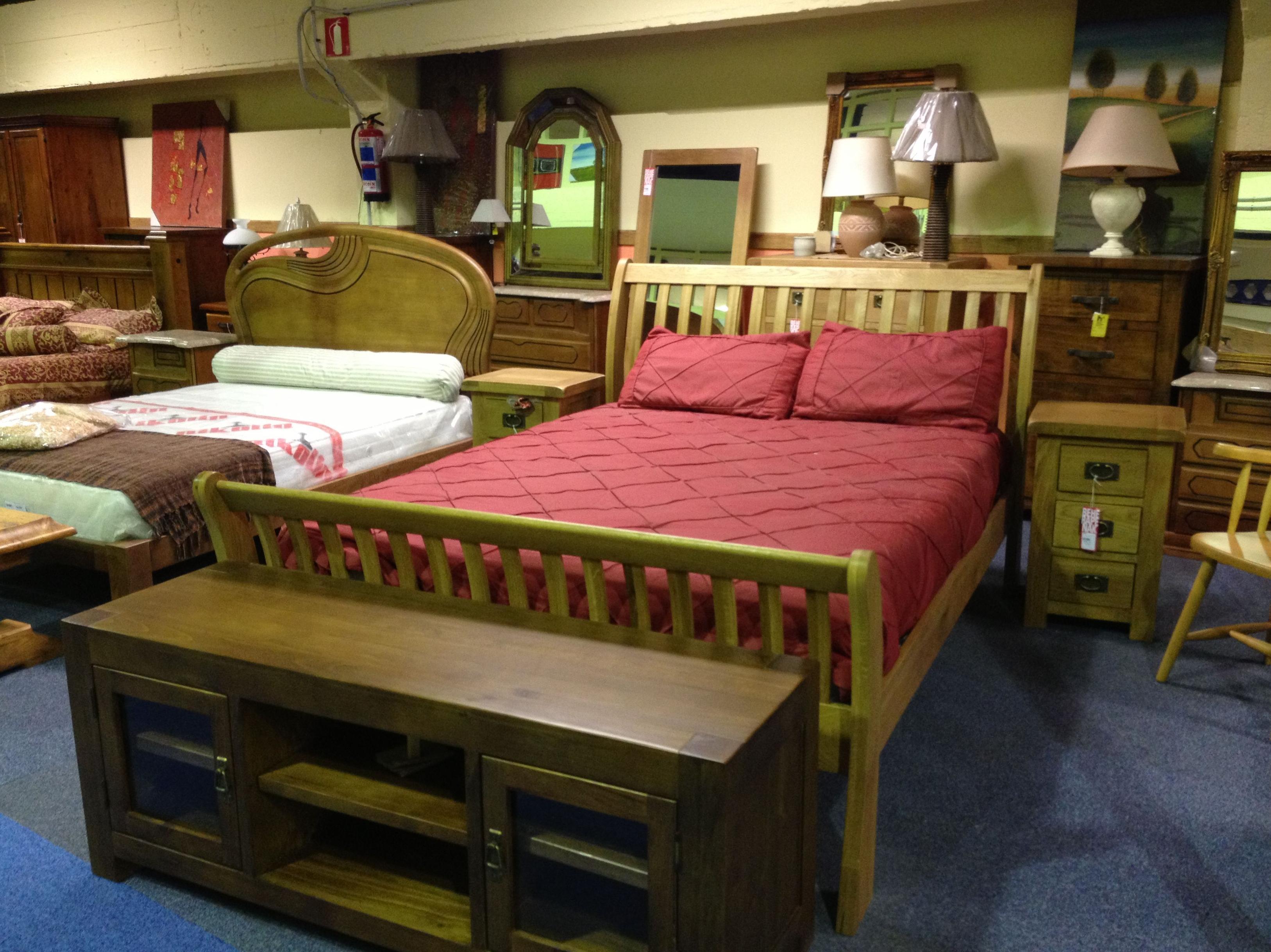Muebles de segunda mano muebles nuevos y usados de remar for Muebles usados gratis