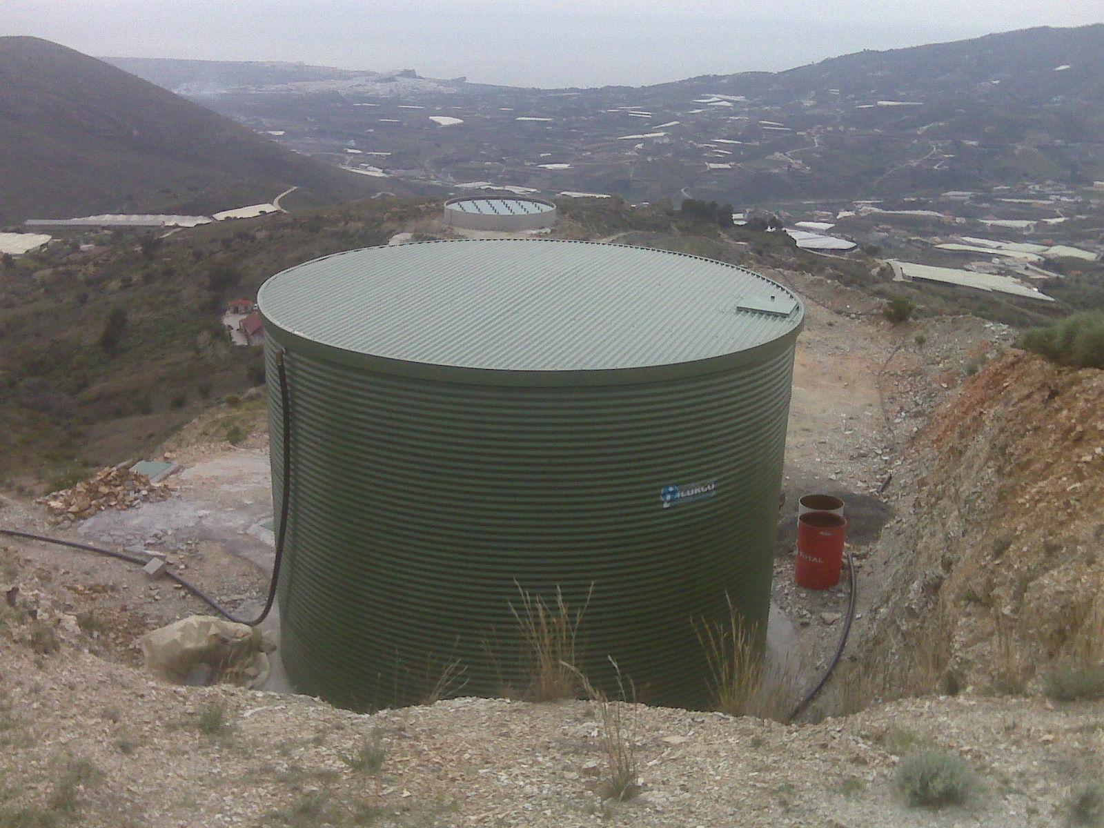 deposito de agua para riego