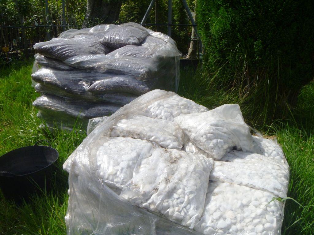 Pin fuentes para jardines de agua cantaro cantaros for Fuentes de jardin