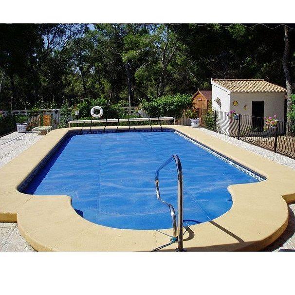 Lonas para piscinas productos de toldos gloria for Tratamientos de piscinas