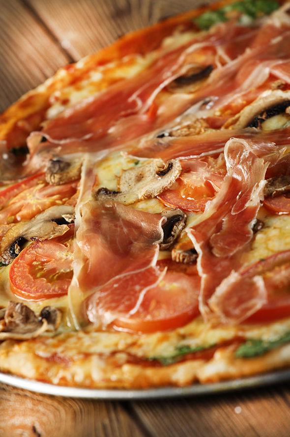 Pizza Serrana: CARTA EL SEVILLANO de Restaurante Rincón del Sevillano