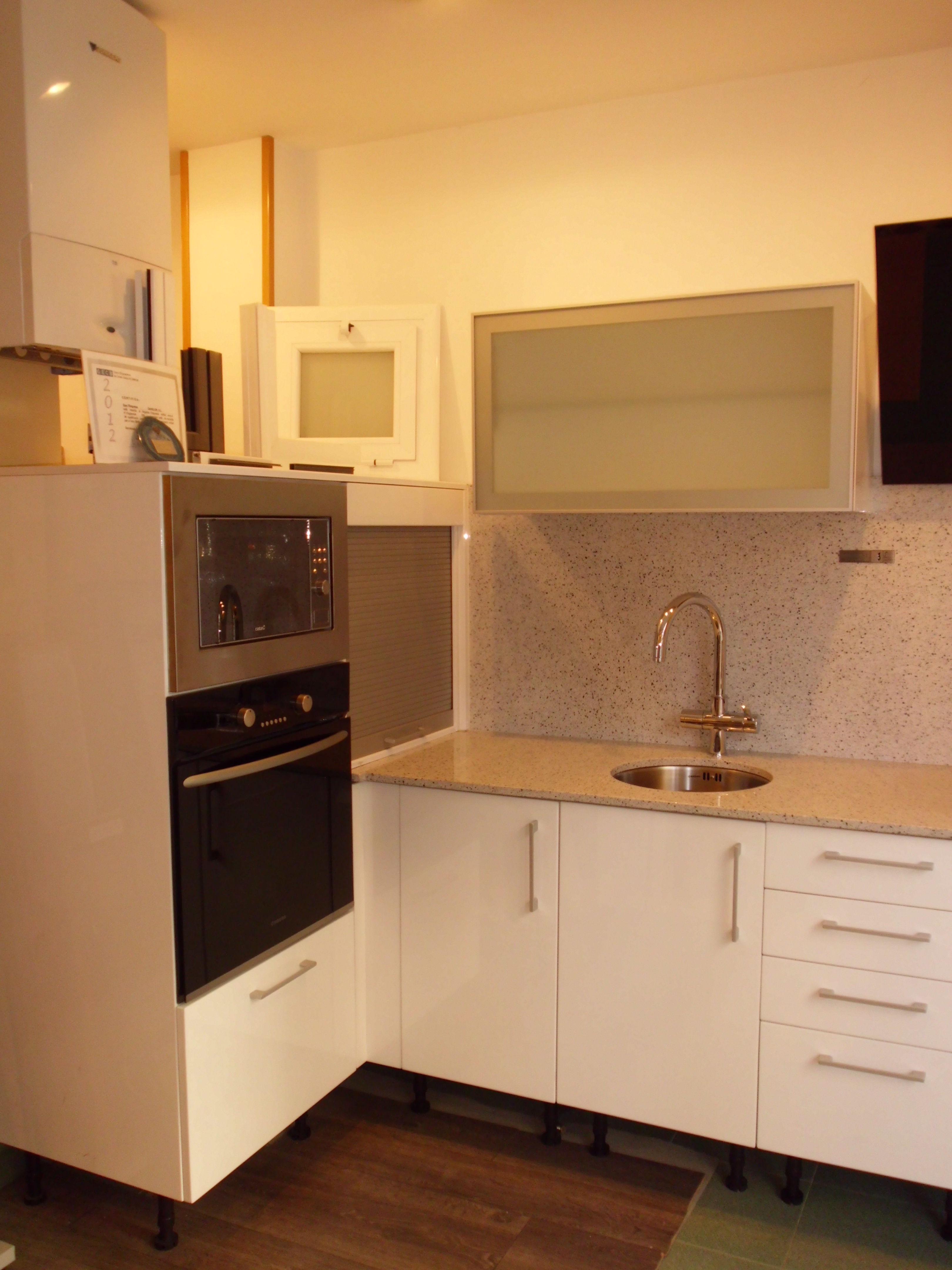 Oferta muebles cocina eixample servicios y productos de - Ofertas muebles de cocina ...