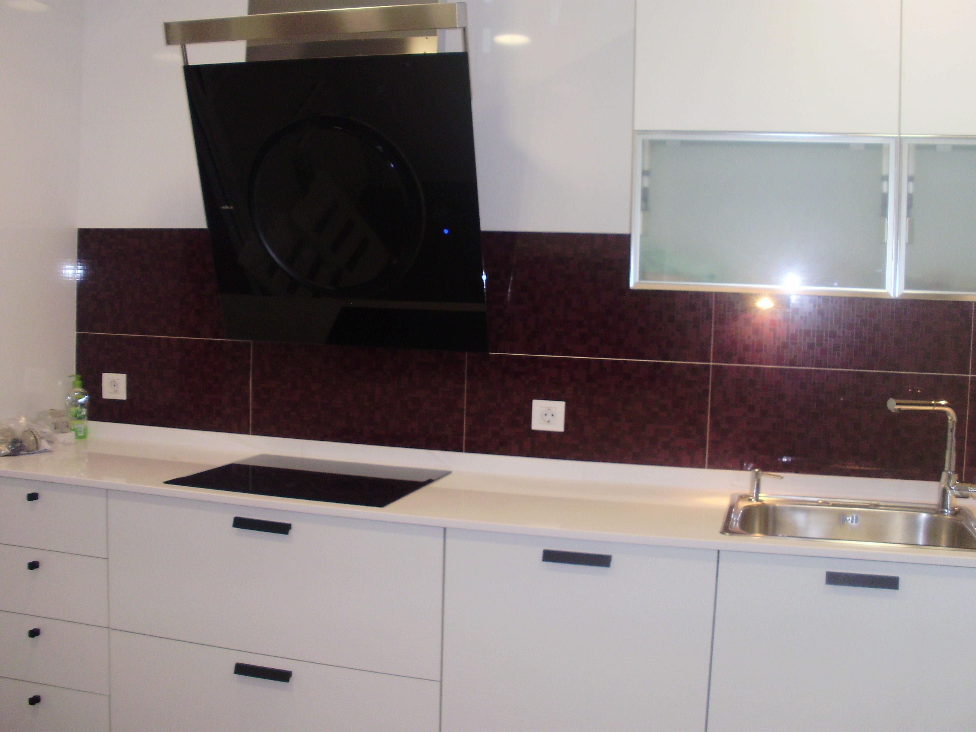 Instalar campana extractor en cocina servicios y - Muebles teka barcelona ...
