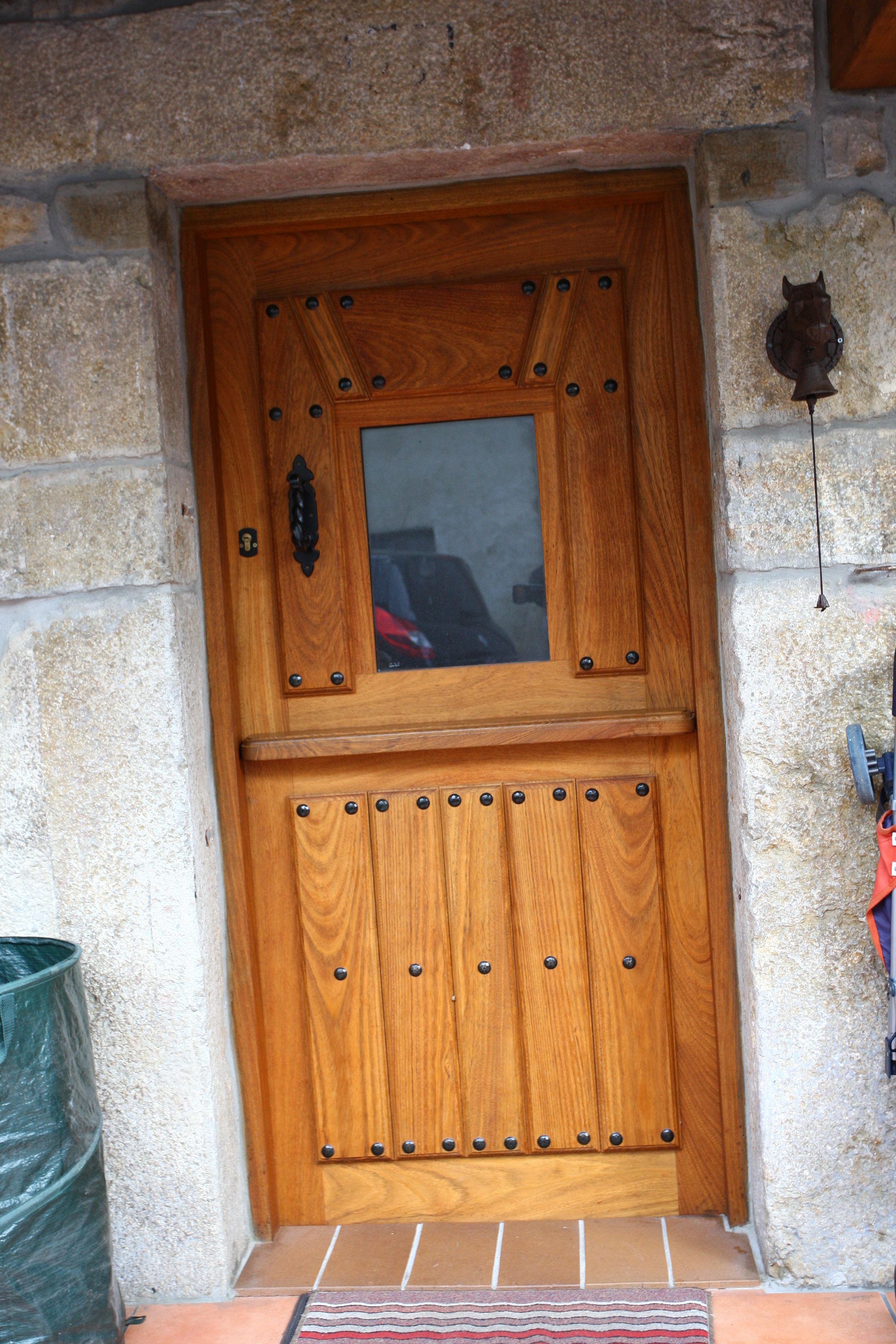 Pe 00129 puerta exterior catalogo de productos de carpinter a b p cu tara ib ez - Puertas exterior asturias ...