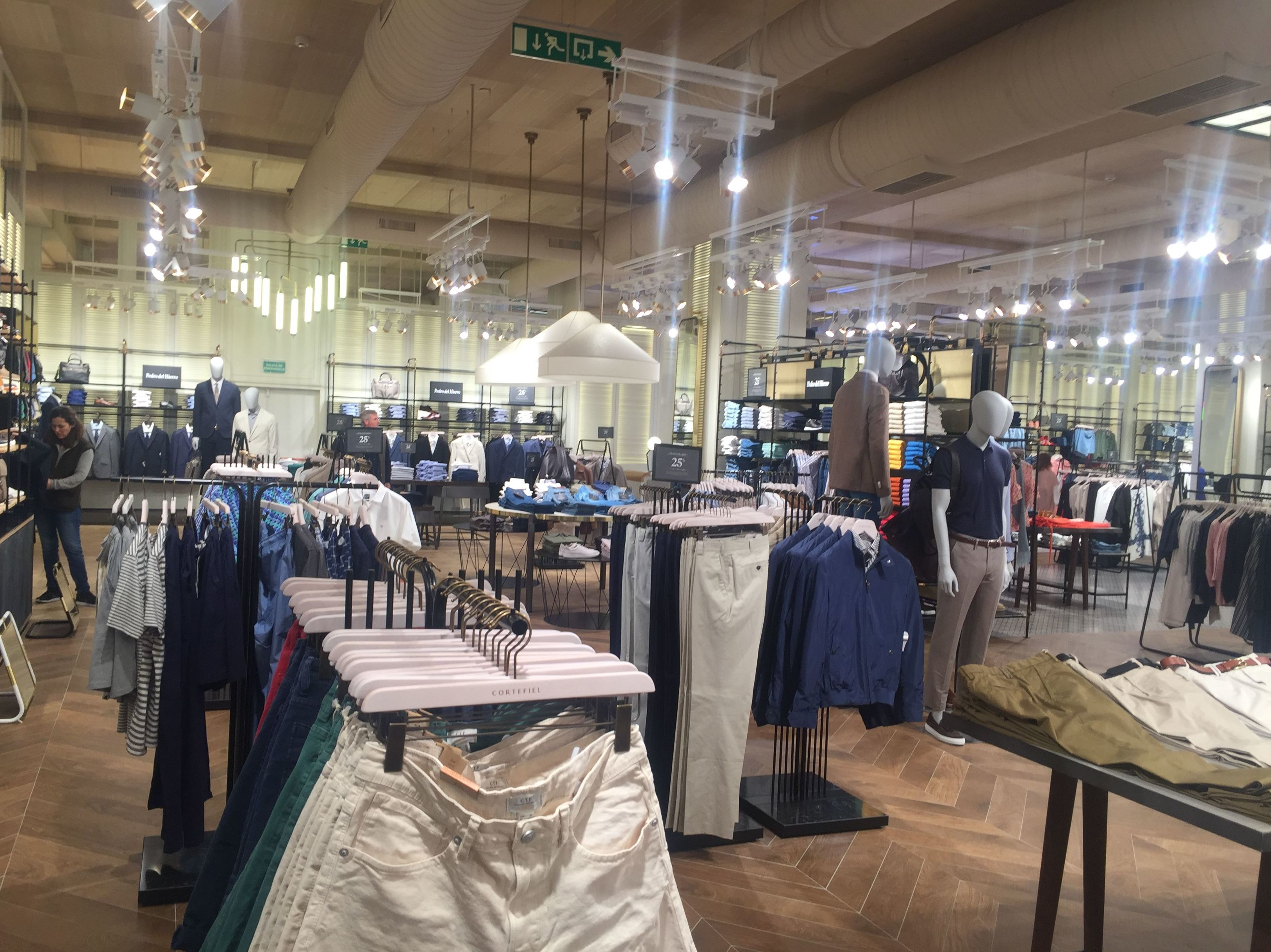 Tienda Cortefiel en el Centro Comercial Oeste (Majadahonda)