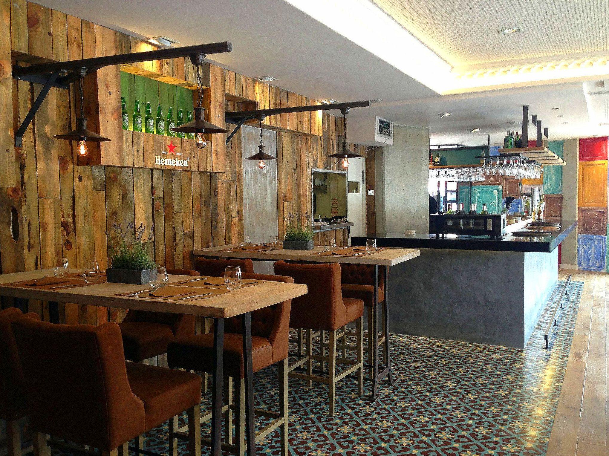 Ejecución proyectos interiorismo para hostelería (Restaurante Rita Sibarita)