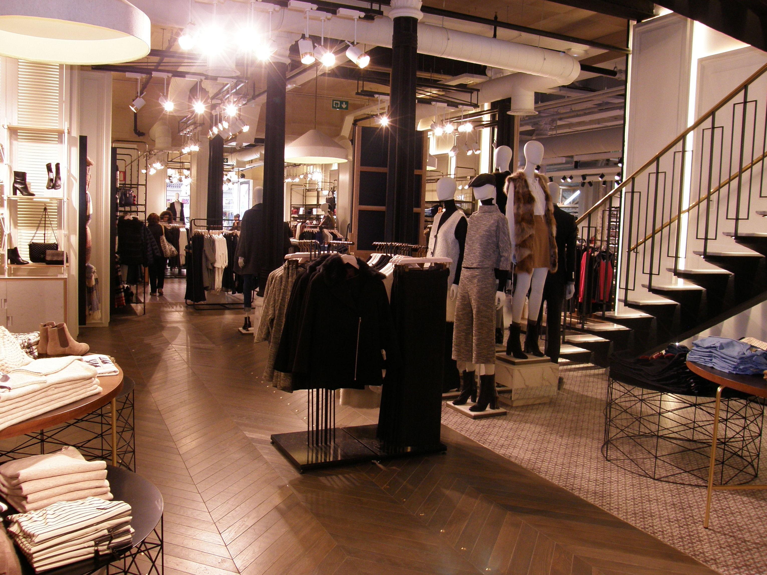 Empresa para decoración de tienda de ropa