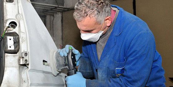 Reparación de golpes y arañazos del vehículos en Usera