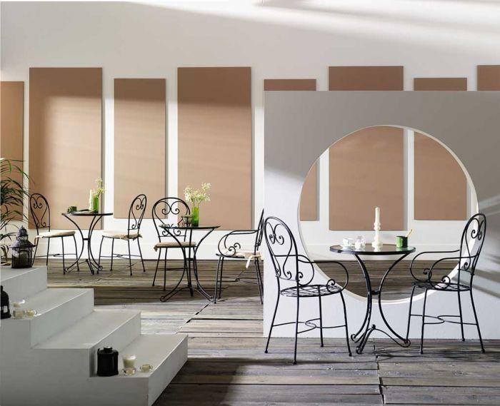 Mesas y sillas de forja