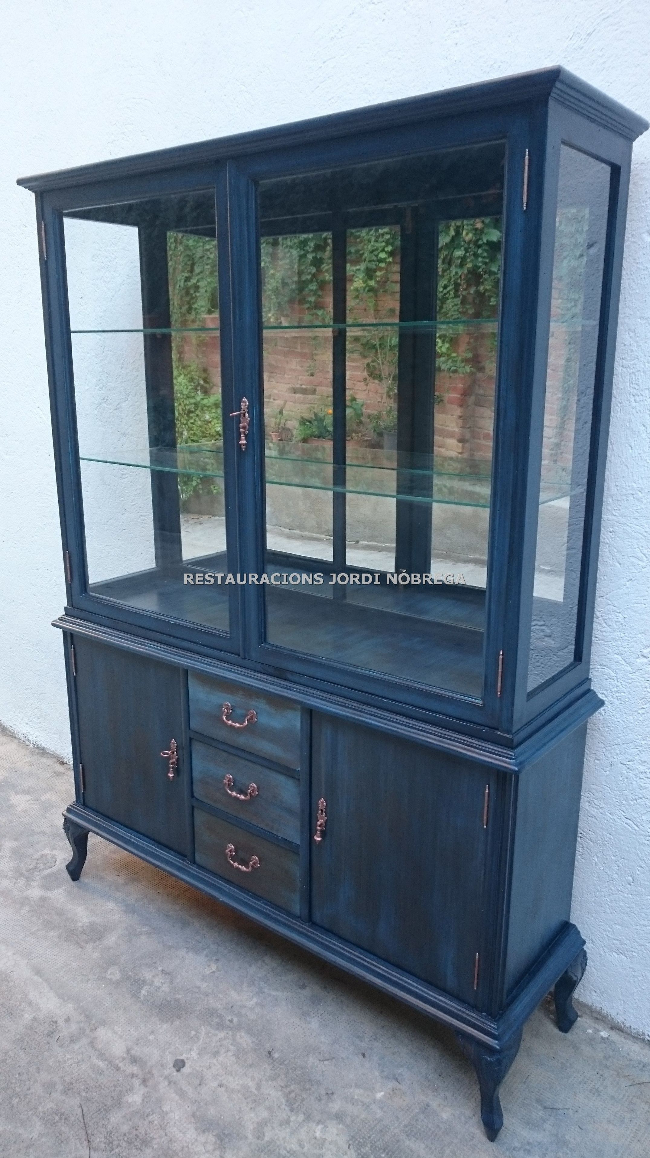 Restauraci n muebles vintage en barcelona servicios y - Muebles vintage en barcelona ...