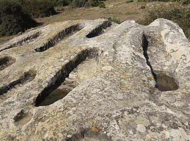 Necrópolis Tarifa,visita yacimiento arqueológico de la Edad del Bronce Paloma Multiaventuras