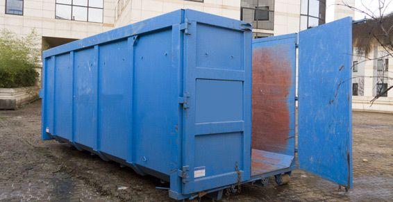 Alquiler e instalación de contenedores de residuos en fábricas: Servicios de Chatarras Marton