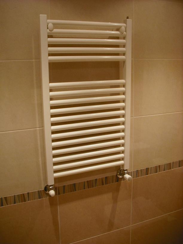 Foto 20 de alba iler a y reformas en gij n gres astur - Cambiar radiador por toallero ...