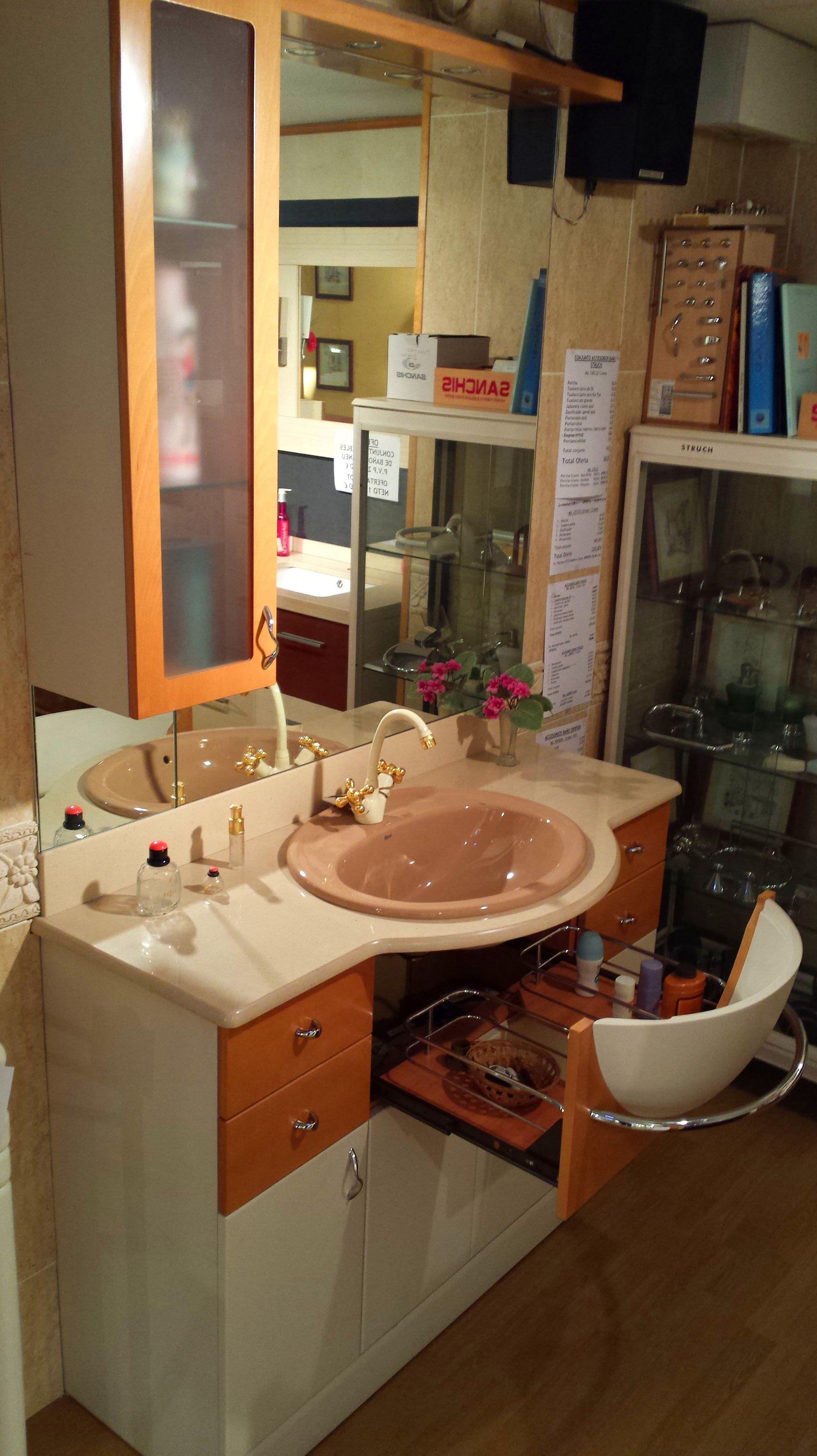 Muebles De Baño Gijon:en muebles de baño por cambio de exposiciones conjuntos de muebles