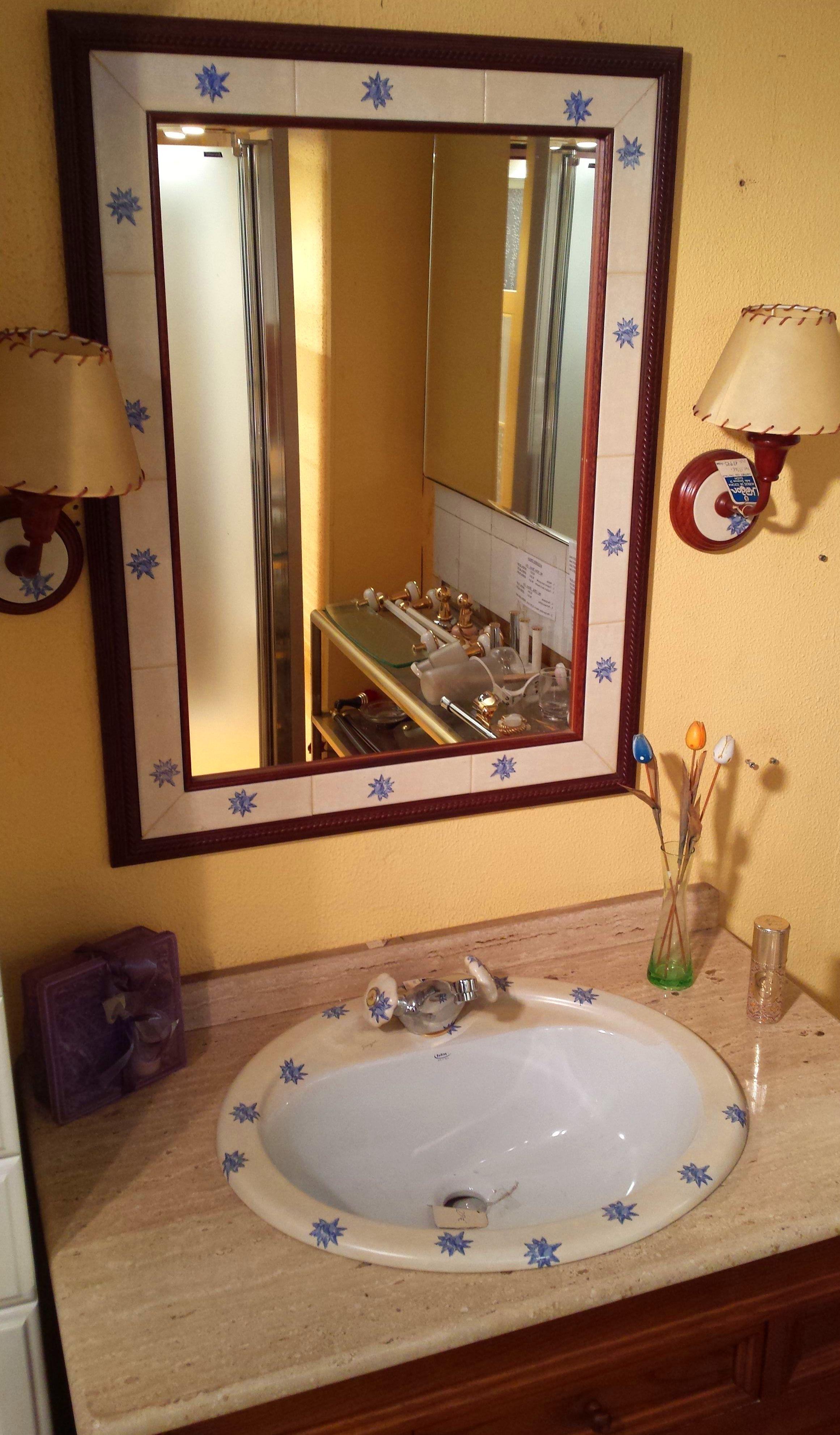 Muebles De Baño Gijon:Por cambio de exposiciones, conjuntos de muebles al 50%