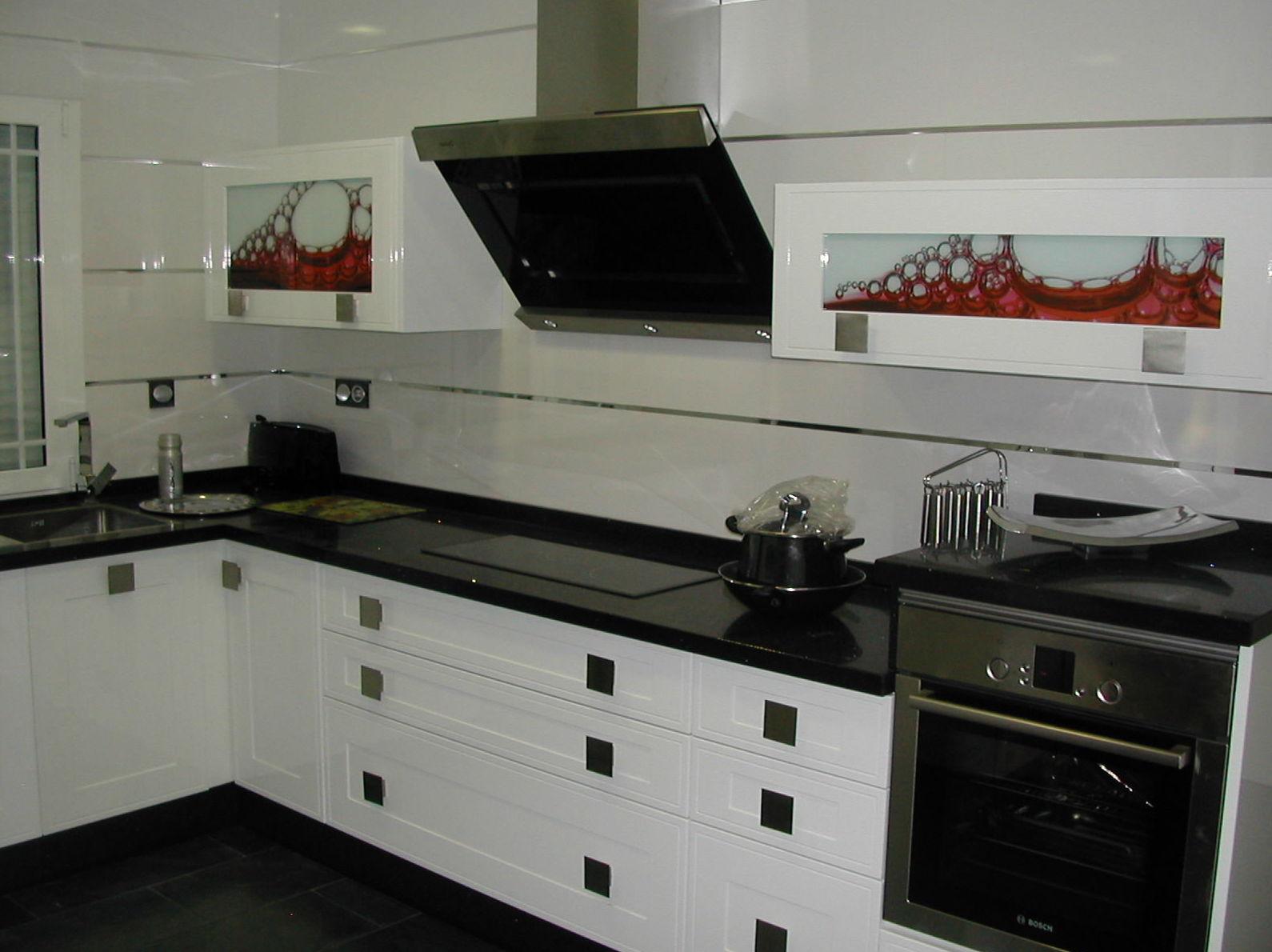 Foto 8 de muebles de cocina ba o vestidores y armarios a - Cocinas en blanco y negro ...