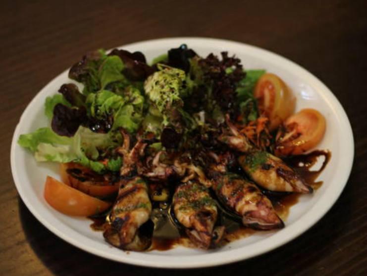 Carnes y Pescados: Catálogo de Restaurante Yuso