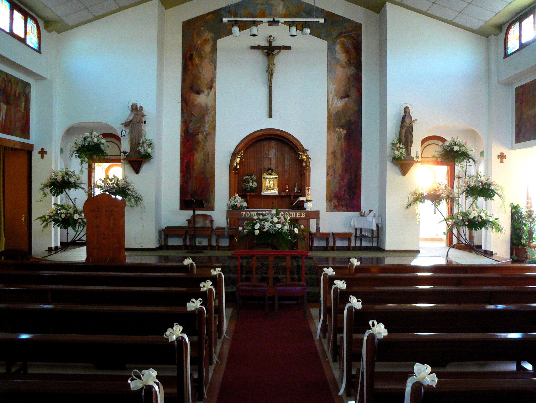 Decoracion Iglesia Bautizo ~ Decoraci?n de iglesia CAT?LOGO de Flores Iglesias
