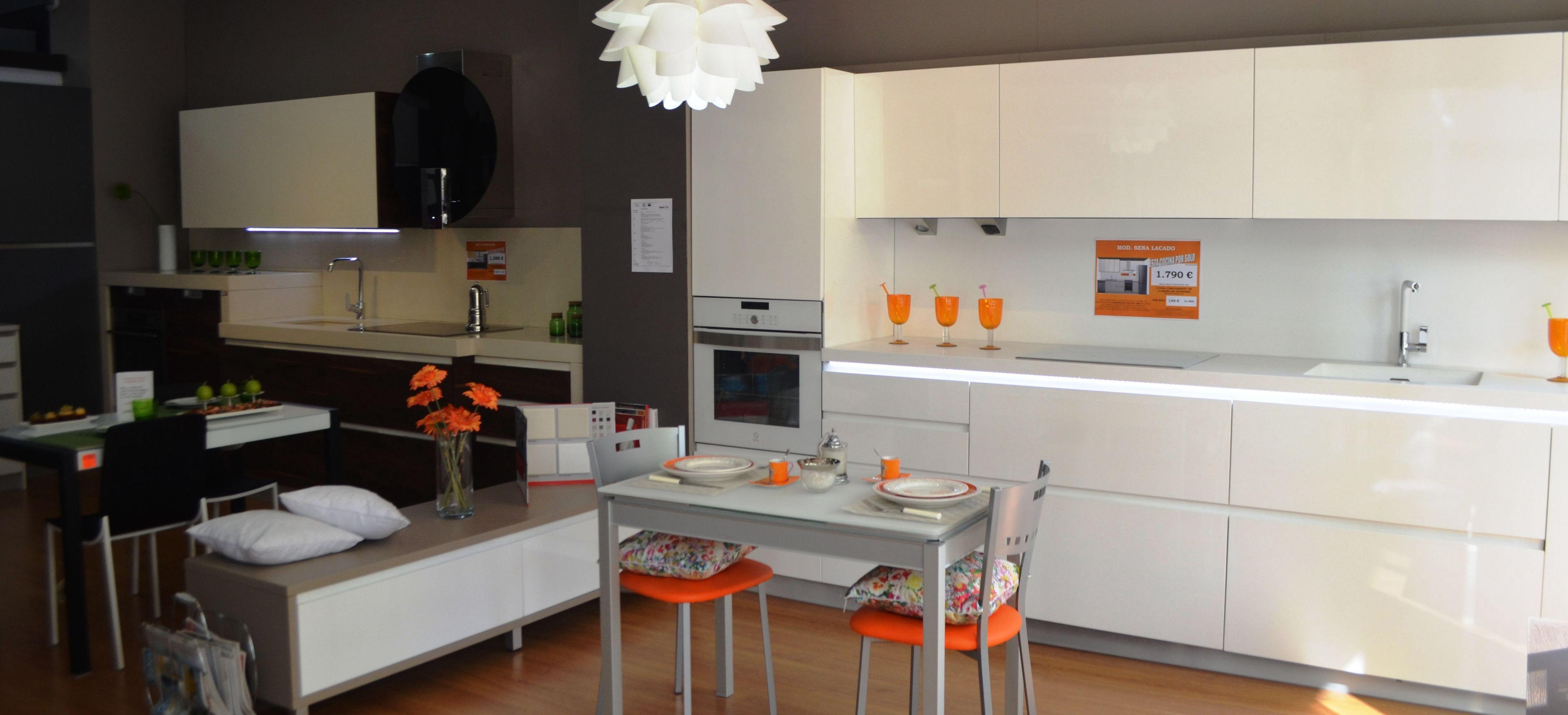 En cocinas baratas en getafe aqu hallar s un amplio for Cocinas de exposicion baratas