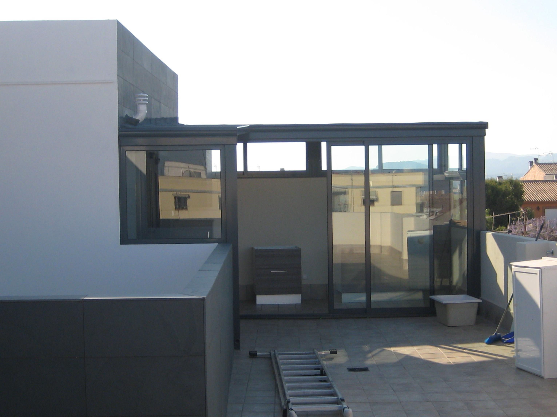 Cerramientos para terrazas productos y sevicios de for Lavadero terraza