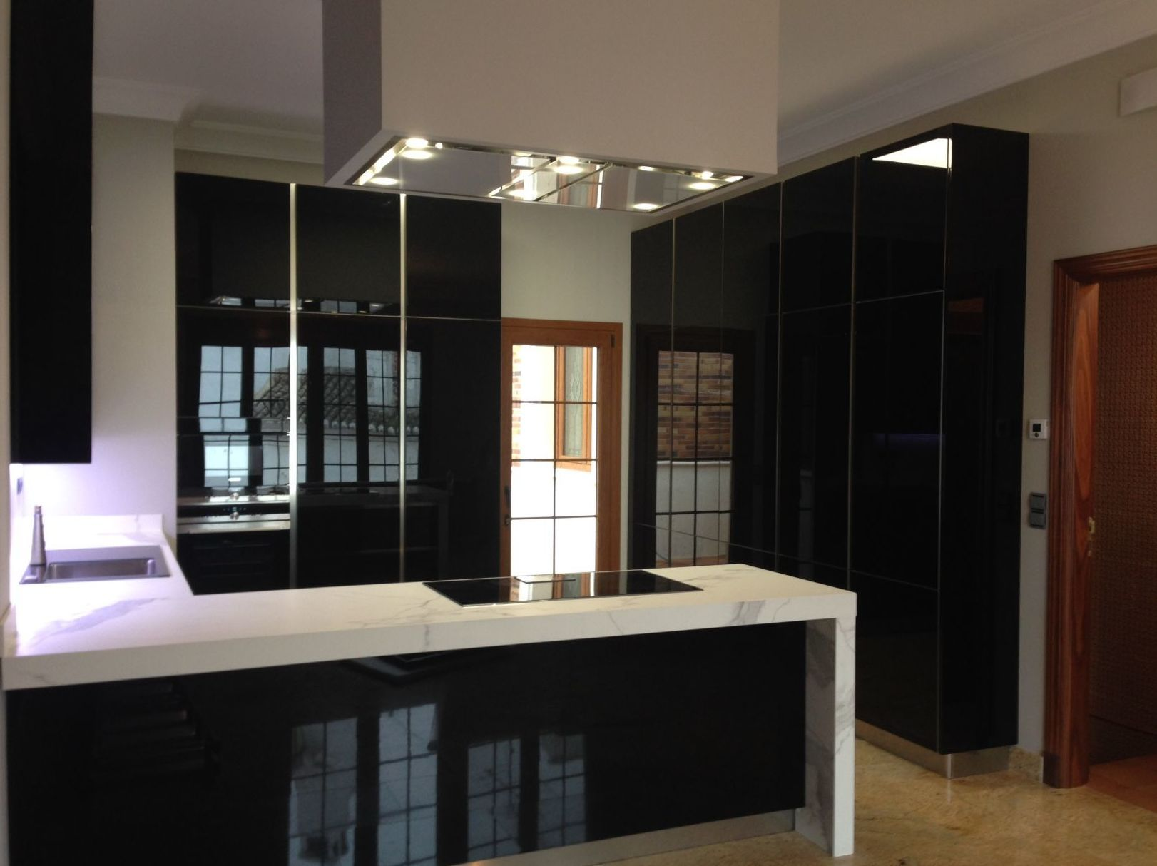 Cocinas modernas italianas good imagen del artculo fotos - Muebles modernos malaga ...