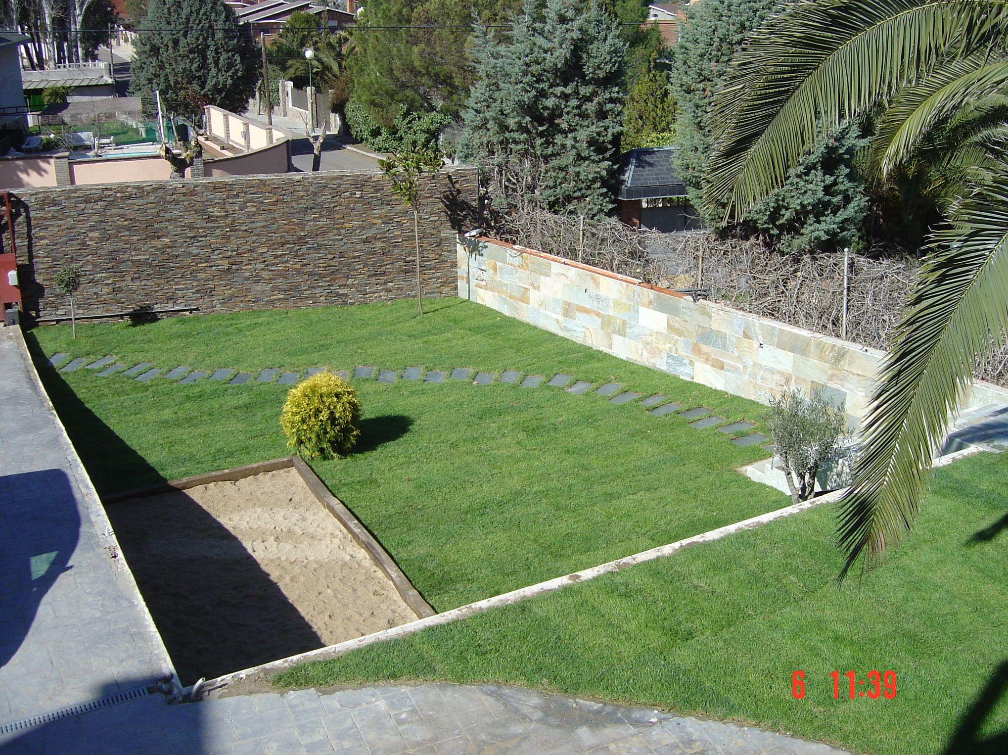 Dise o y mantenimiento de jardines en boadilla del monte for Mantenimiento de jardines