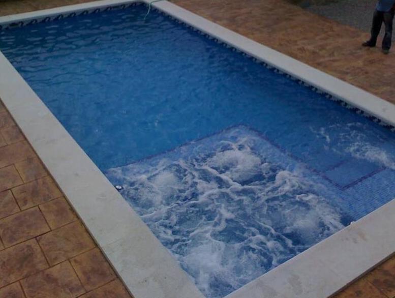 construccin de piscinas con jacuzzi