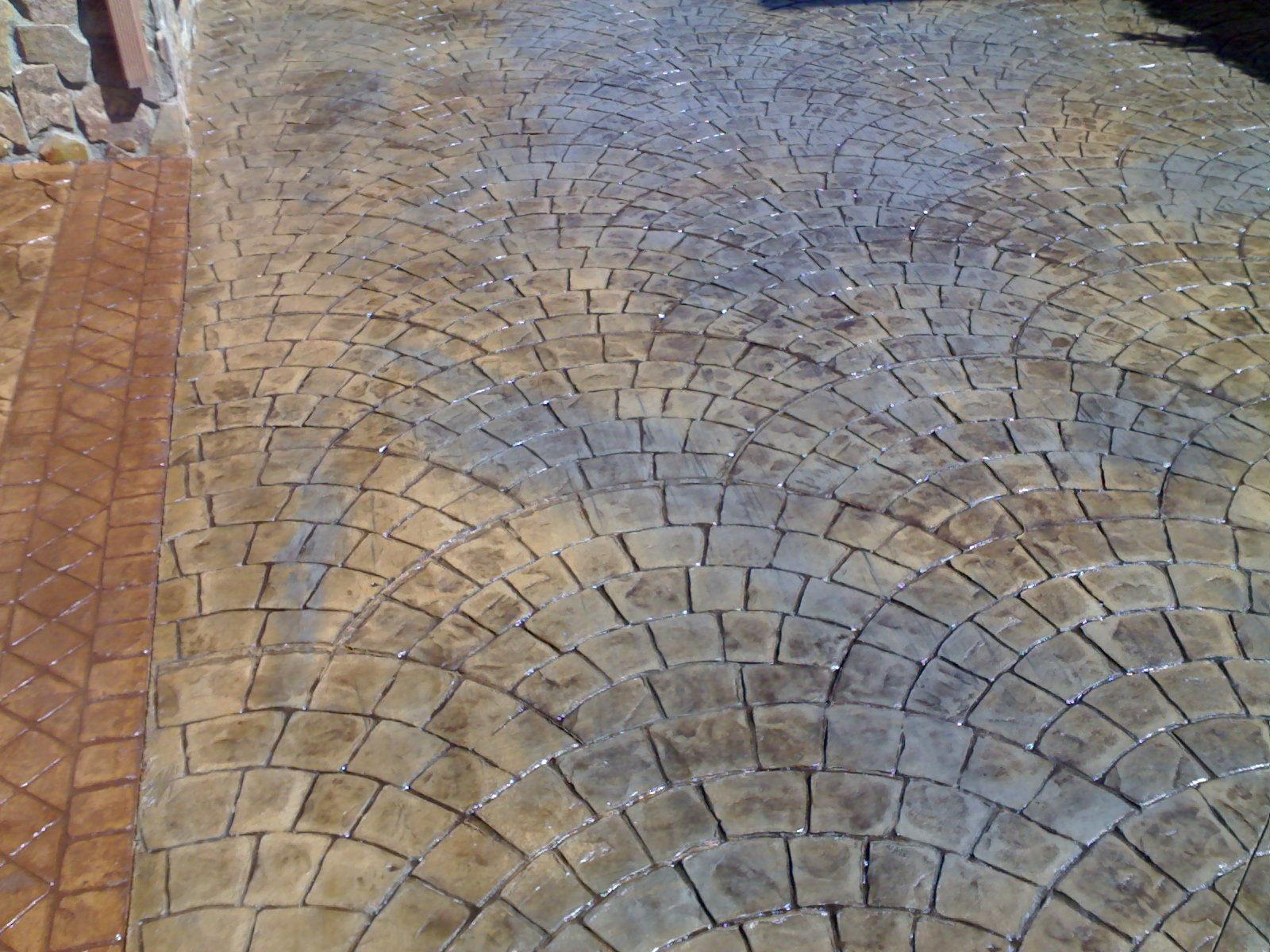 Pavimento decorativo morcret estampado abanico cat logo for Productos para hormigon impreso