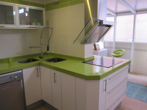 Encimeras azul verde etc cat logo y exposici n de - Encimeras de marmol para banos ...