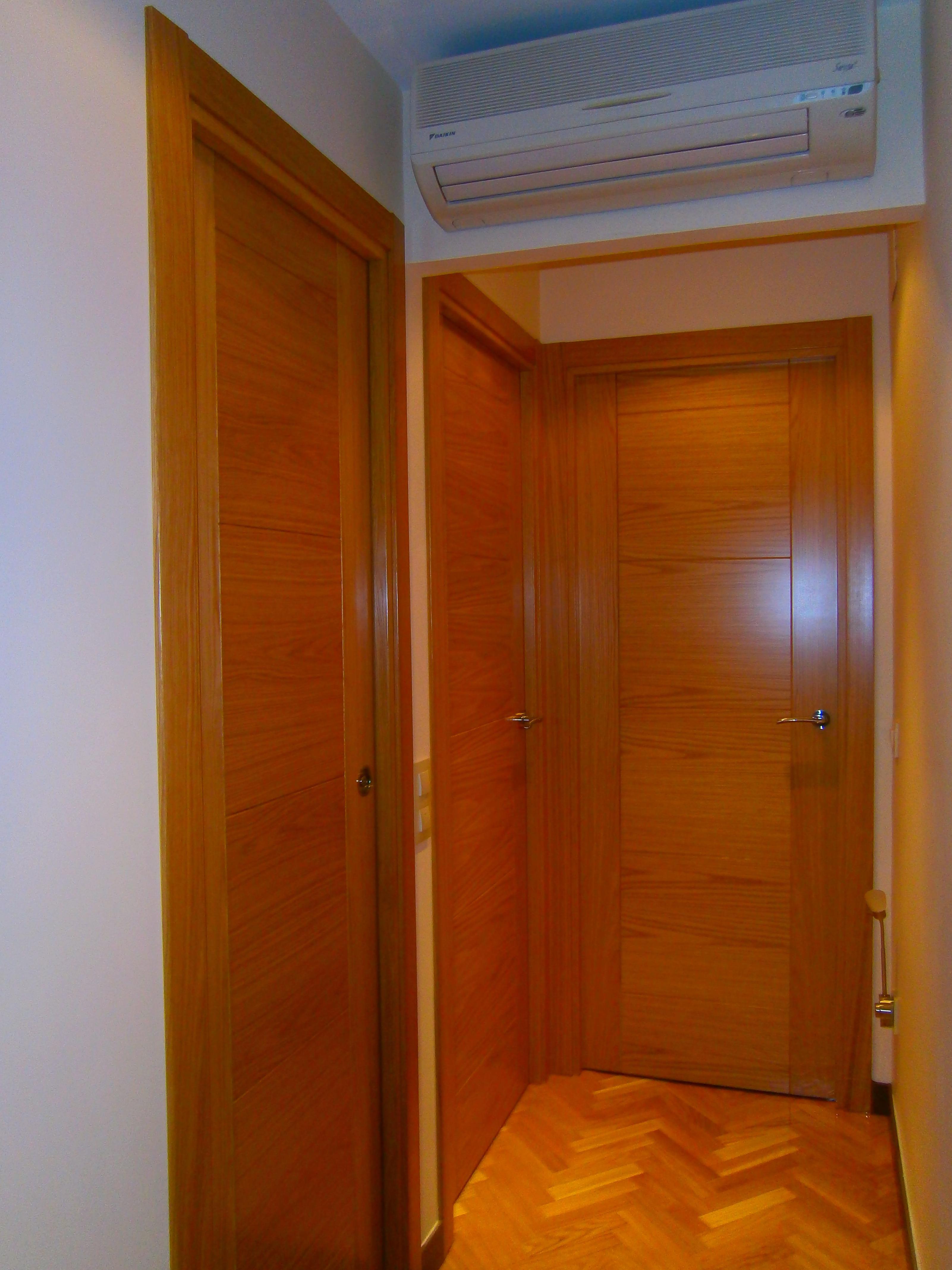 Puertas de interior en madrid madera roble con tapeta lisa - Puertas de roble ...