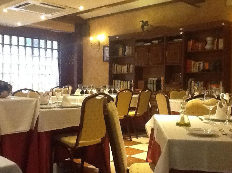 Panorámica del salón del restaurante