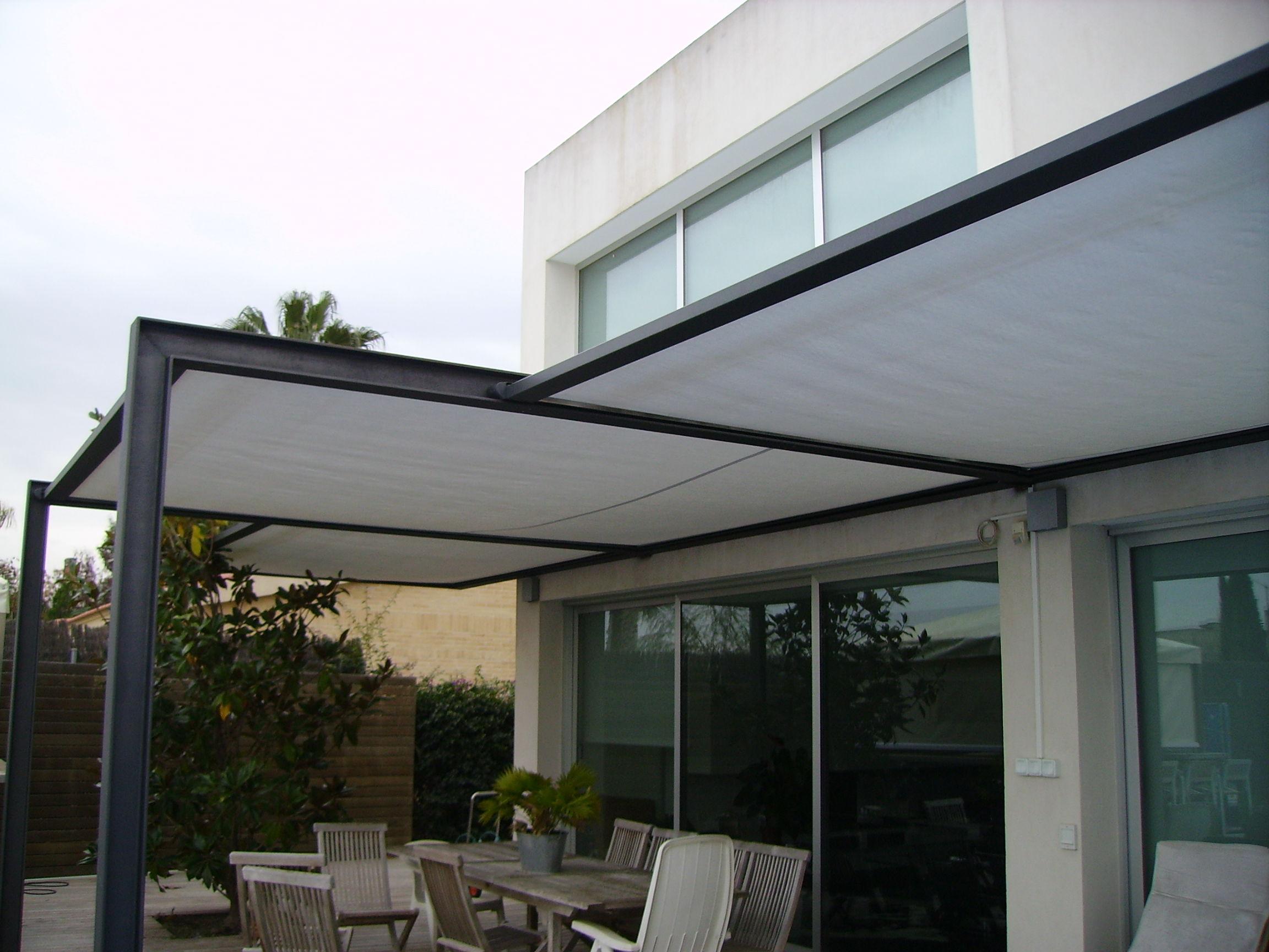 7 toldos para cubrir veranda acristaladas cat logo de for Perfiles de aluminio para toldos correderos