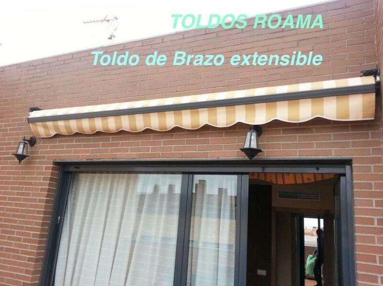 Toldo brazo extensible productos de roama for Precio toldo brazo extensible