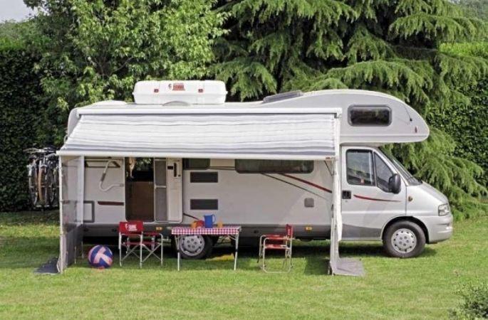 Accesorios para caravanas en madrid el toldo para tu for Toldos para caravanas