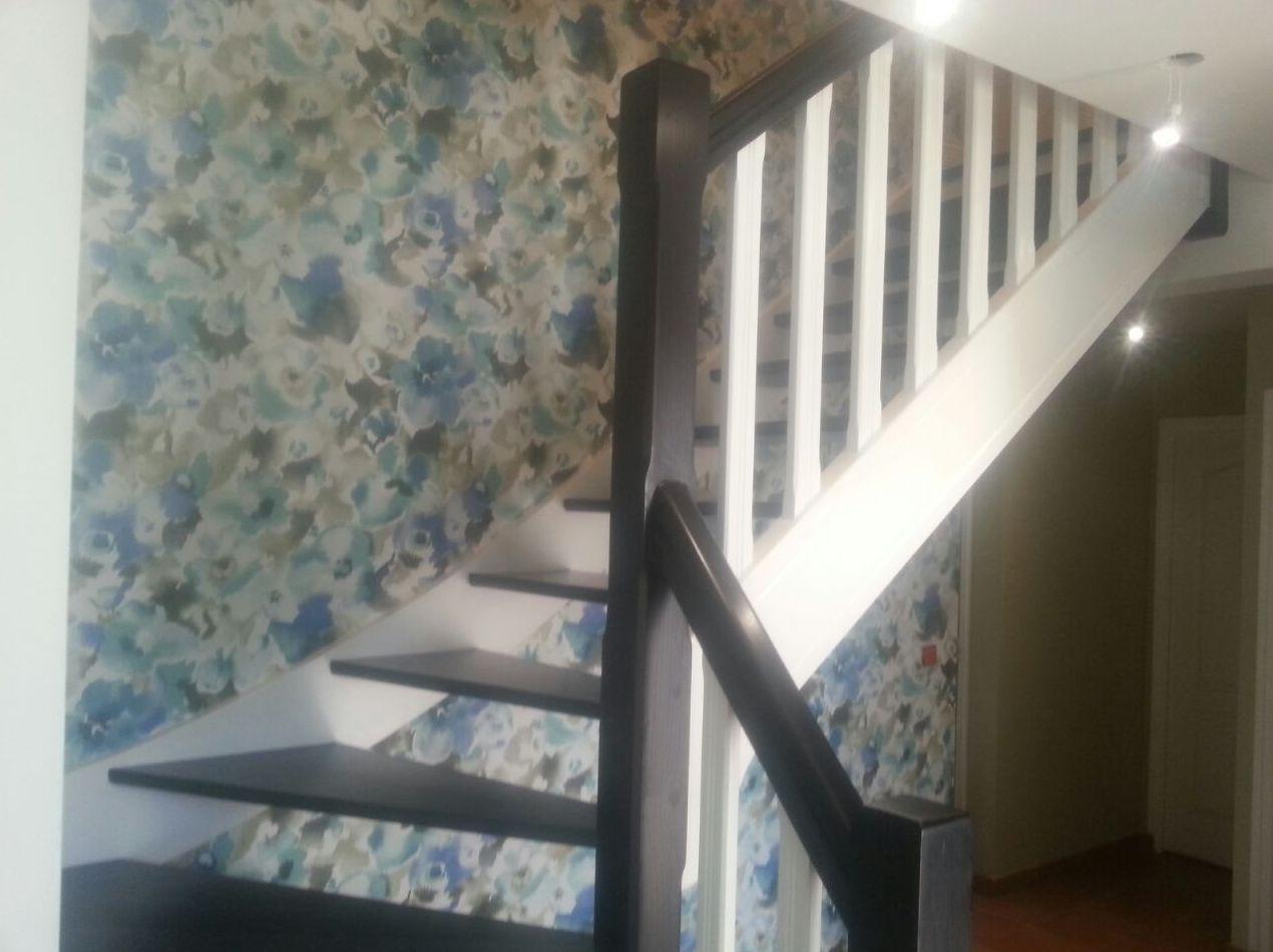 Decoración y lacado de escaleras después