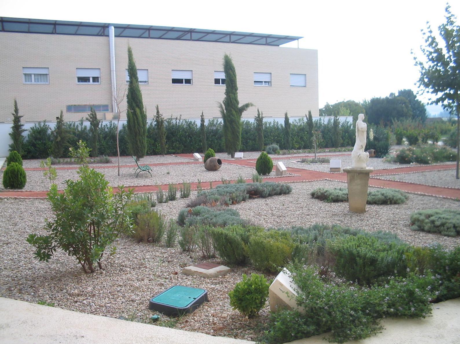 Foto 14 de Jardines (diseño y mantenimiento) en Marcilla   Jardineria El Campillo